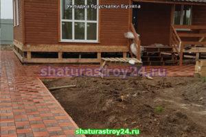 Производство и укладка вибропрессованой брусчатки в деревне Бузята Егорьевского городского округа Московской области